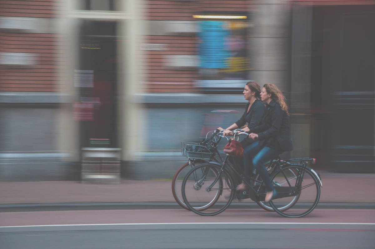 two-cyclists_unsplash_19-07-15