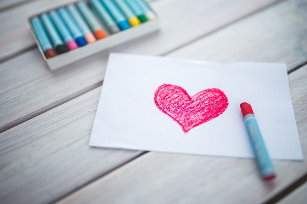 heart-drawing_stocksnap_18_08-15