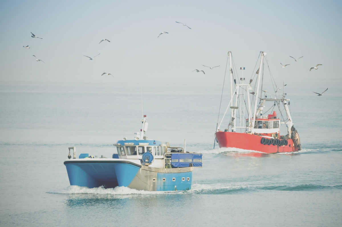 fishing-trawlers_picfair_28-04-15.jpg