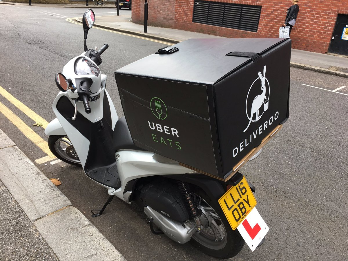ubereats deliveroo copy.jpeg